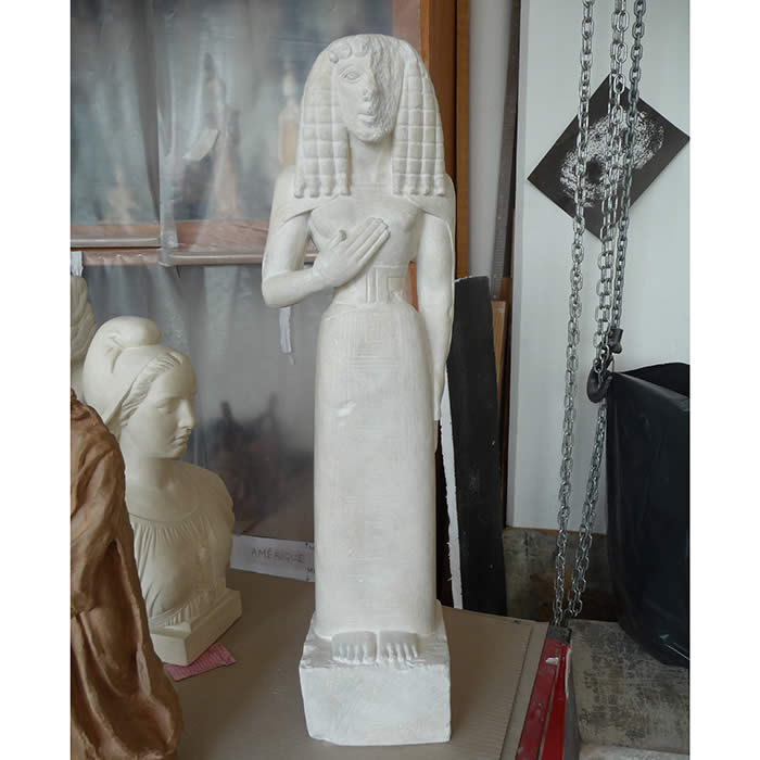 Dame d'Auxerre - Antiquités gréco-romaines - Reproduction d'une sculpture du Musée du Louvre, Paris